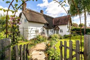easton cottage